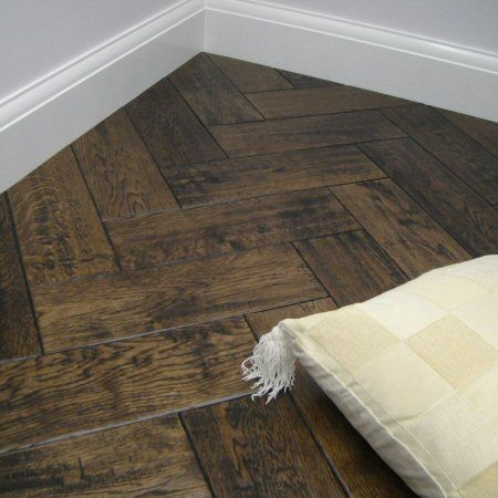 Aged Herringbone Lacquered Parquet Flooring Design In