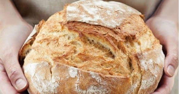 Nagyon szeretek sütni, főzni.   Saját kenyeret pedig már többször is próbáltam, amiben segítségemre volt Limara blogja, majd a me...