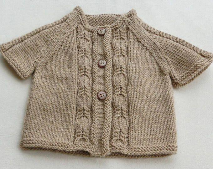 Gilet - Cardigan - Manches courtes - En laine - Pour Bébé Fille - Taille 12-18 mois - Coloris Beige Crème - Tricoté à la main - Idée cadeau