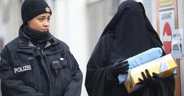 Βαυαρία: Απαγόρευση της μπούρκας εν όψει γερμανικών εκλογών