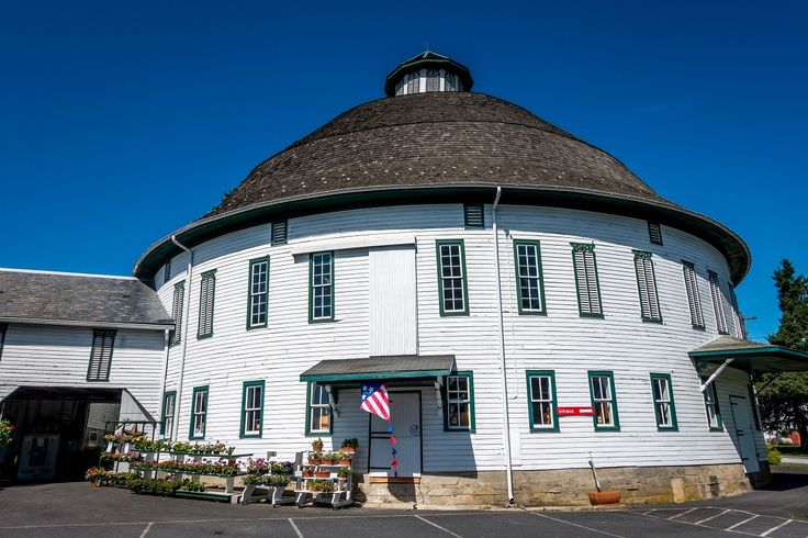 Visiting a farmer's market like the Round Barn is one of the fun things to do in Gettysburg, Pennsylvania