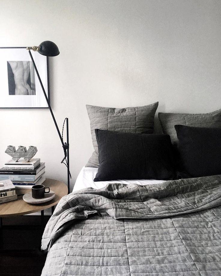 Masculine Master Bedroom Decorating Ideas: Best 25+ Masculine Bedrooms Ideas On Pinterest
