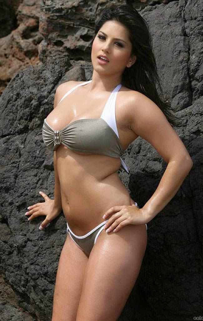 Sunny Leone Hot Spicy Bikni Wallpapers  Beach Photoshoot -4620