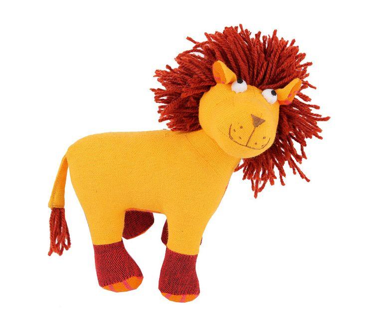 Lejon från Sri Lanka. Handgjort och Fair Trade.