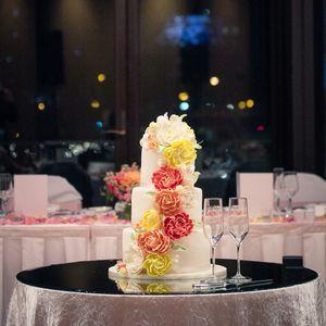 Wedding cake - Indian wedding - floral design - Melbourne - Crown