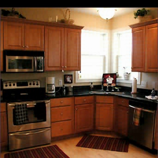 Kitchen Design Pictures Black Appliances: Black Counter Tops And Stainless Steel Appliances- Yes Please
