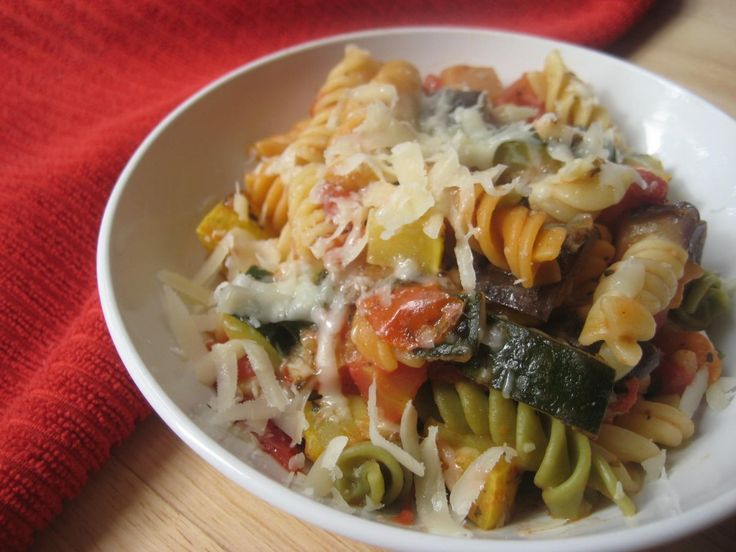 {Yummy} Recipe: Summer Squash Pasta - Don't Waste the Crumbs - TRIED - favorite