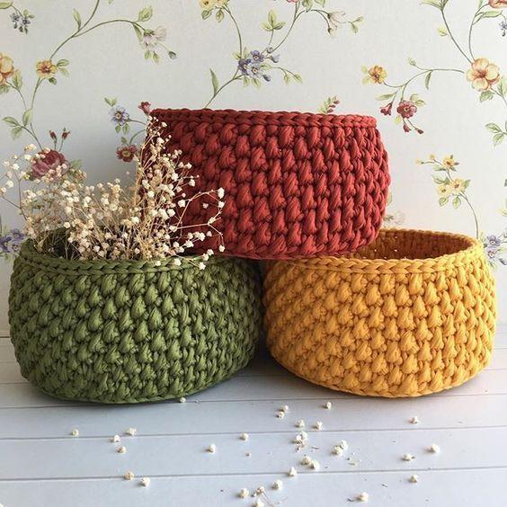 cesta de croche com fio de malha - DIY - artesanato - presente - crochet basket