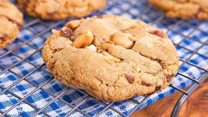how to make macadamia cookies from scratch