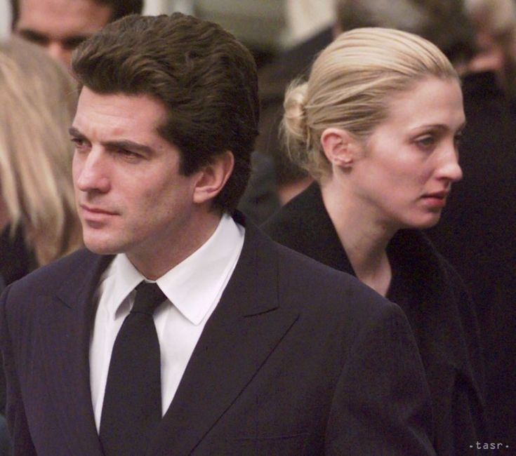 John F. Kennedy Jr. and wife Carolyn Bassett.