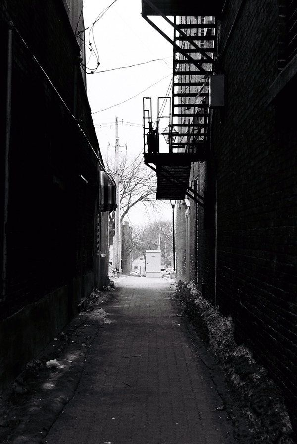 Dark Alleyway By Thewestfold On Deviantart With Images Dark Alleyway Night Aesthetic Alleyway