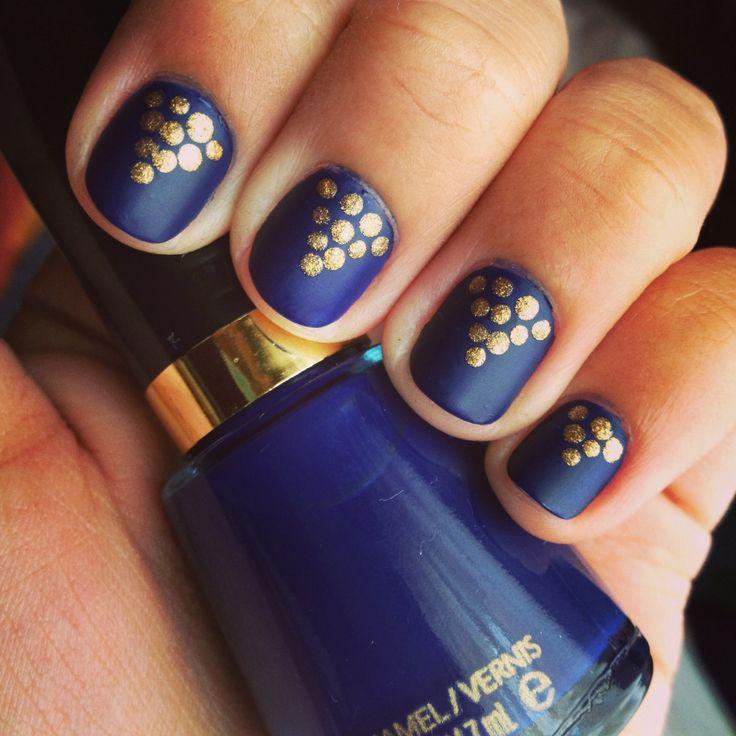 Blue golden nail art : Nails nail art blue matte gold dots pyramid navy