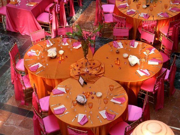 Unique Reception Table Layout