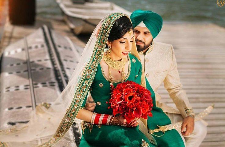One with the passion.. Couple: Samnit & Hardeep Photography: @amritphotography Makeup: @jaynamariemakeup