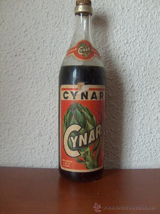 botella antigua licor de alcachofa cynar llena
