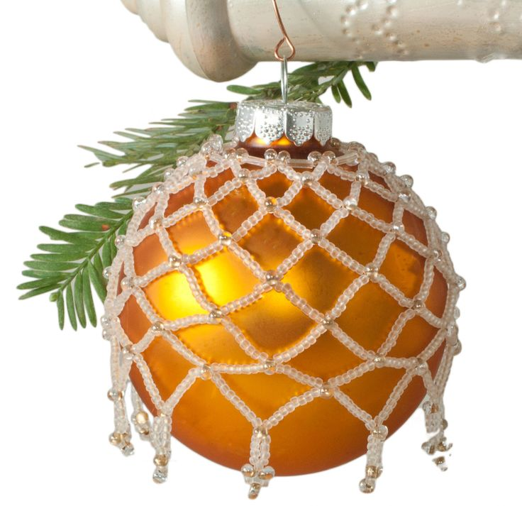 Free Beaded Netting Holiday Ornament Cover Pattern (free)