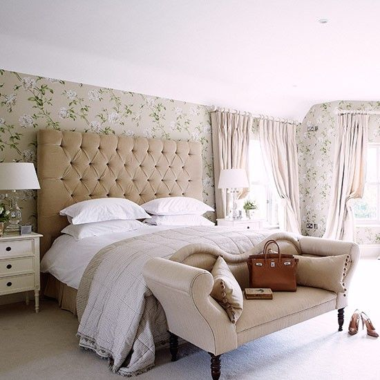 Hotel luxe bedroom country bedroom design ideas for Country style bedroom suites