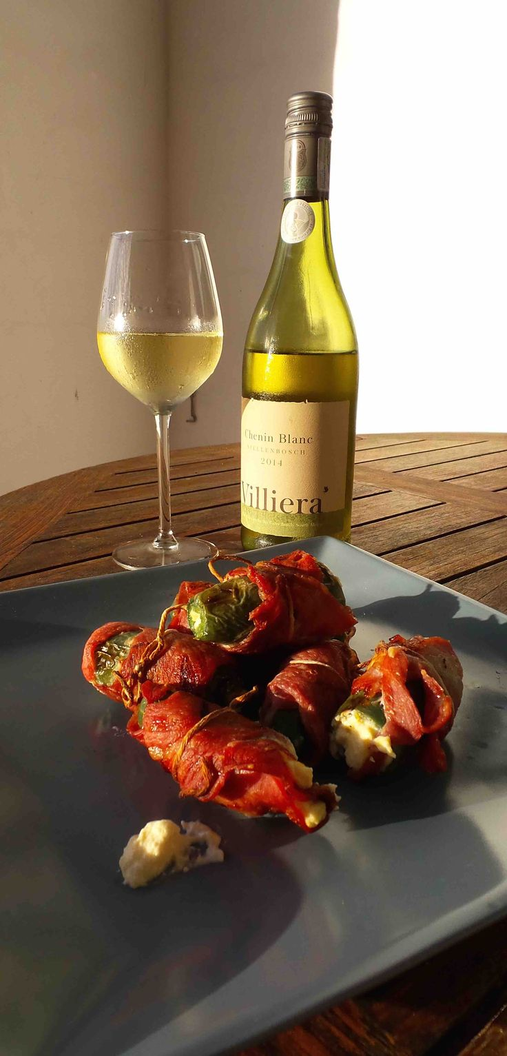 Chilli Poppers and Villiera Chenin blanc 2014 Perfect match for tapas style entertainment snack.
