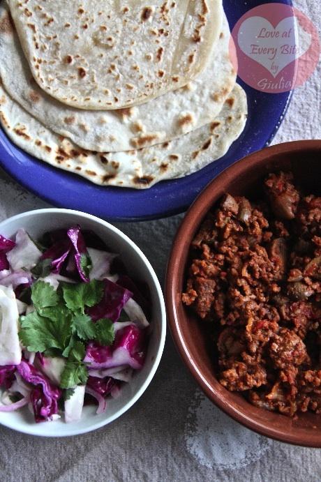 Chilli con Carne, Tortillas and Mexican Slaw