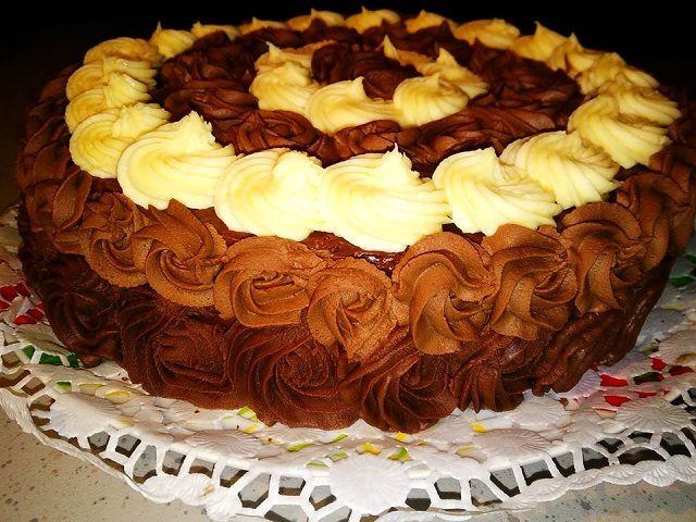 Csokoládés Rózsa Torta, valódi gyönyörűség, amit te is el tudsz készíteni! - Egyszerű Gyors Receptek
