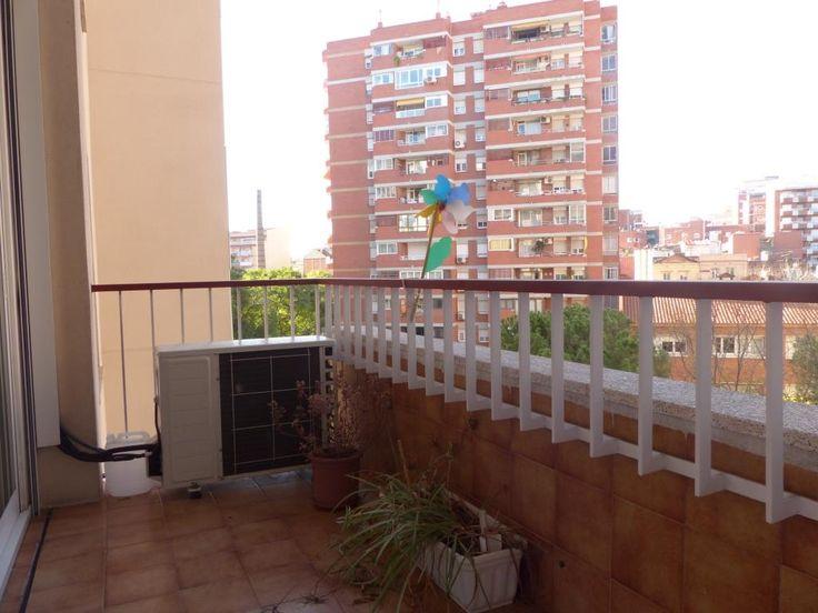 #Piso en venta #Barcelona #Les Corts  Alto y muy luminoso en Les Corts. Con plaza de garaje y trastero.  SEPFINQUES | M 677415782 | info@sepfinques.com | Ronda Universitat 7 2-4 | BCN  http://qoo.ly/ds8pd