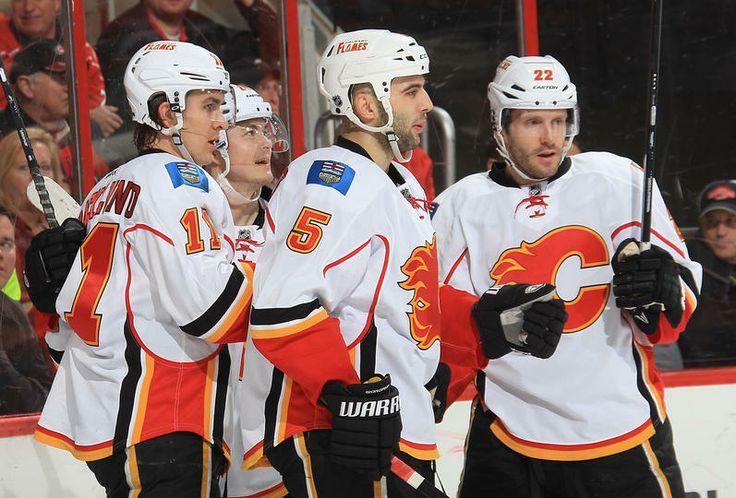 Hurricanes vs. Flames - 13/01/2014 - Calgary Flames - Photos