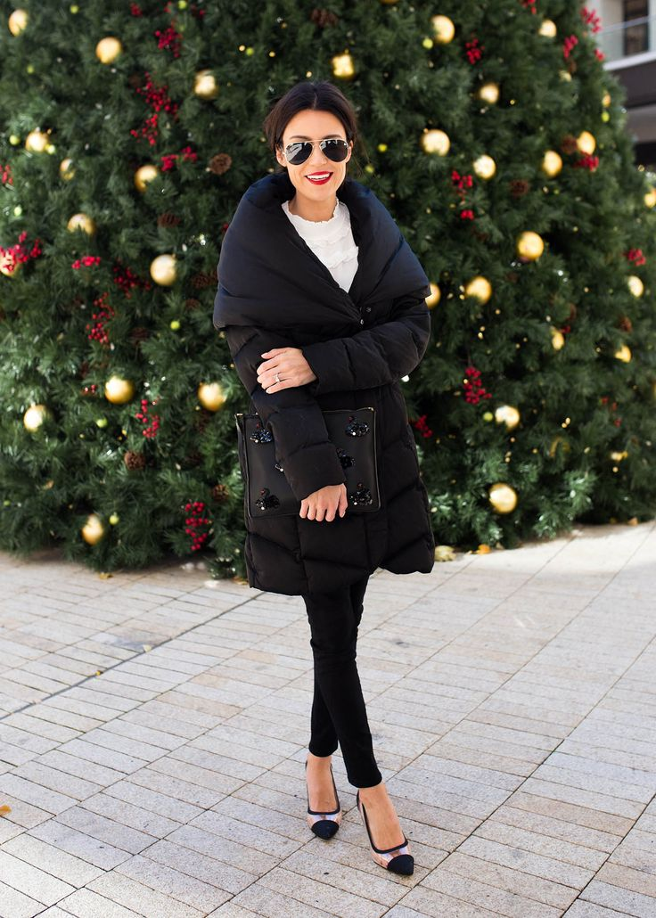Hello Fashion. White romantic blouse+black skinny denim+black and transparent pumps+black quilted coat+black clutch+aviator sunglasses. Christmas Party Outfit 2016