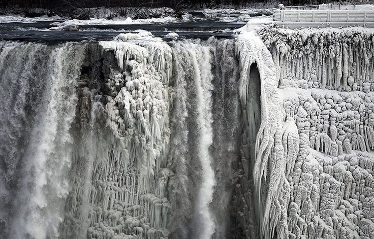 Credit: Aaron Harris/Reuters The best images this week featured the environment and the weather.  Here, the Niagara Falls are partially froz...