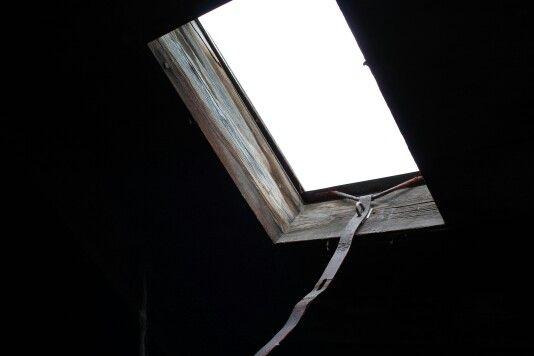 Okno na půdě