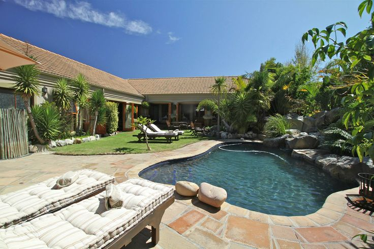 Villachad Guest House has a definite mix of African elegance with Bali ambience. #Kleinmond #WhaleCoast