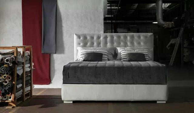 Fiji #bed & #storagebeds designed and produced by #MilanoBedding #iSaloni preview