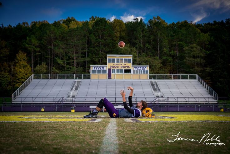 Football /senior photography /sports photography/football senior/senior pictures for guys