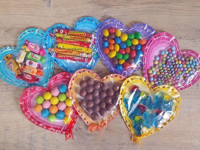 Mamie kim et des bonbons