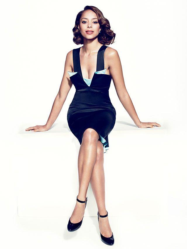 Amber Stevens wearing a dress by #EmporioArmani