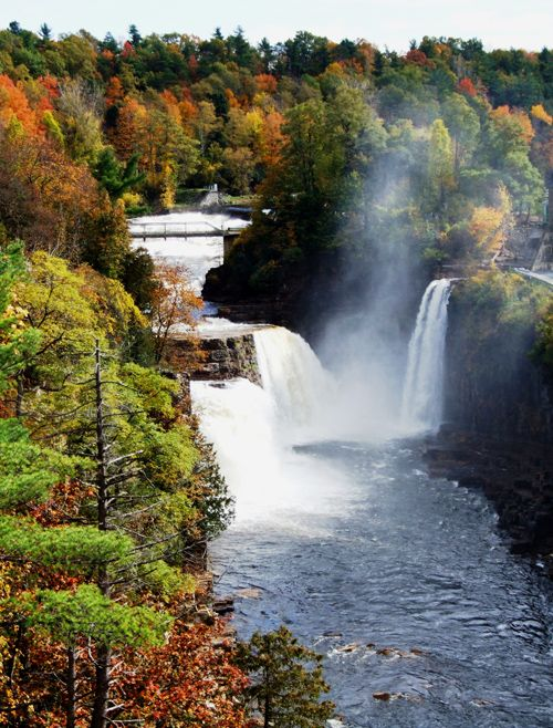 Ausable Chasm- Saratoga Springs. I NEED TO GO!   This is actually in Keene New York. Not Saratoga Springs.