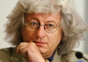 "Addio Peter Esterhazy. Sua l'""Armonia celeste"" - Rai News"