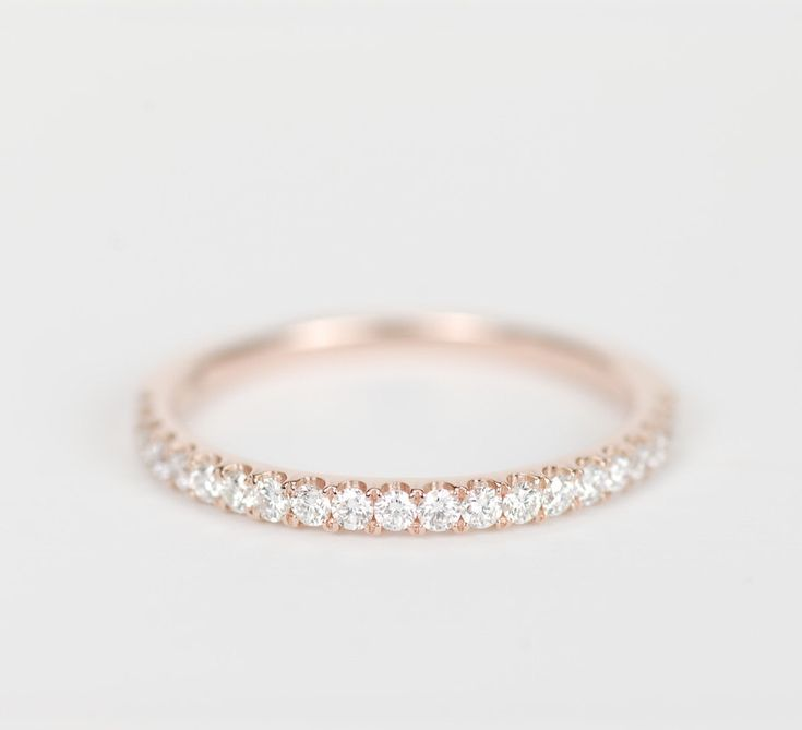 1.5 mm Diamond Wedding Band 14K Rose Gold