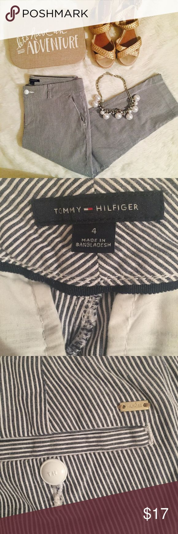 Tommy Hilfiger Seersucker Capris Cropped pants from Tommy Hilfiger in a navy and white seersucker stripe. Cute white buttons on the back pockets. EUC Tommy Hilfiger Pants Ankle & Cropped