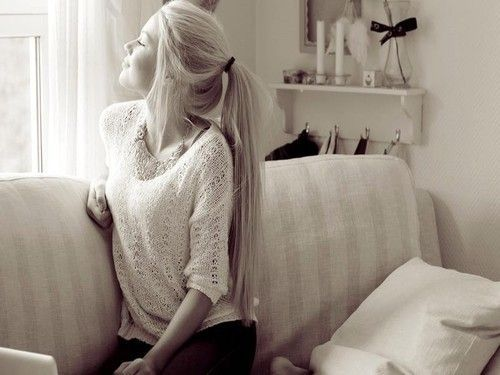 she has the most beautiful hair which i ever seen :O