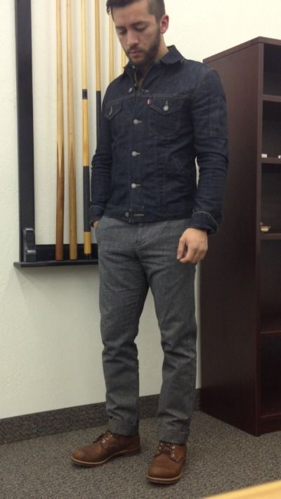 reyestopete is wearing: J.Crew oxford, Levi's 2012 Commuter, Dockers Alpha, Red Wing Iron Ranger.