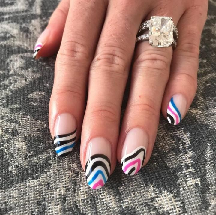 60 Cool Abstract Nail Art Ideas To Try This Year Abstract Nail