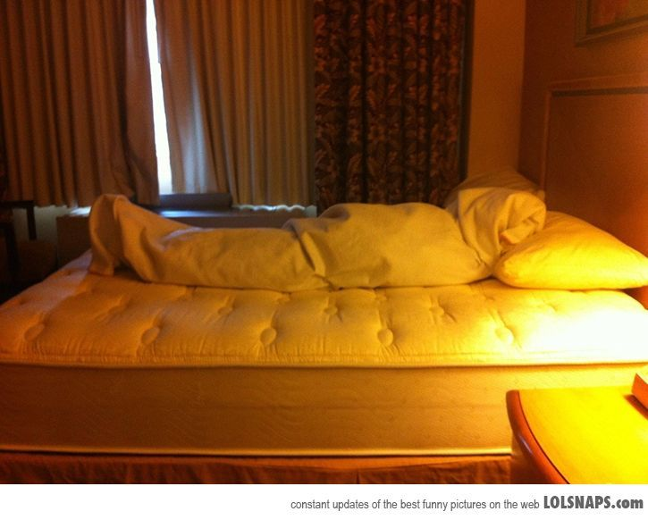 Leave This For The Maid Service When When Checking Out.- haaa!!! omg that's messed up!