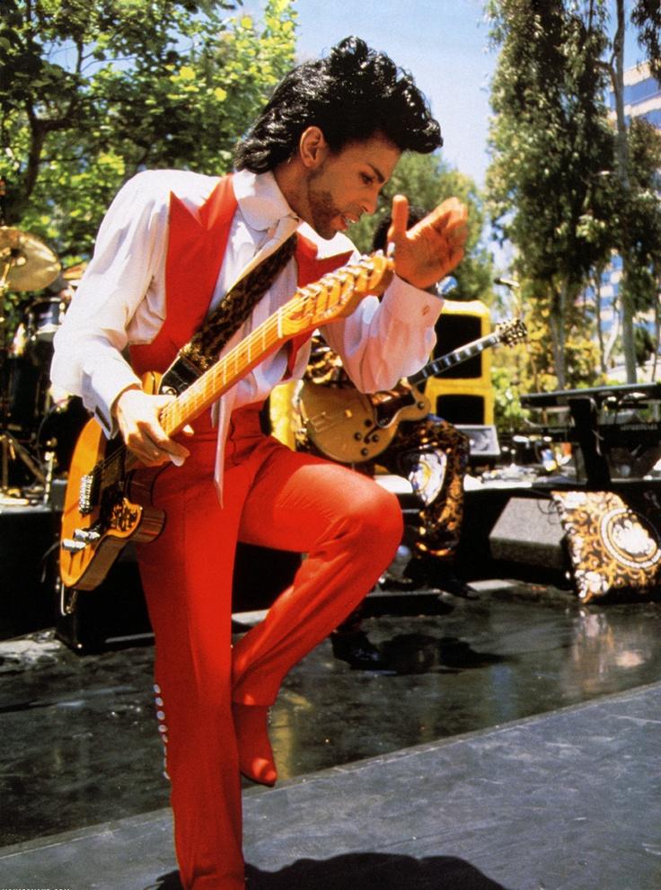 Prince • 1991 'Diamonds & Pearls' Era - live daytime concert at Warner Bros Records headquarters in Burbank California.
