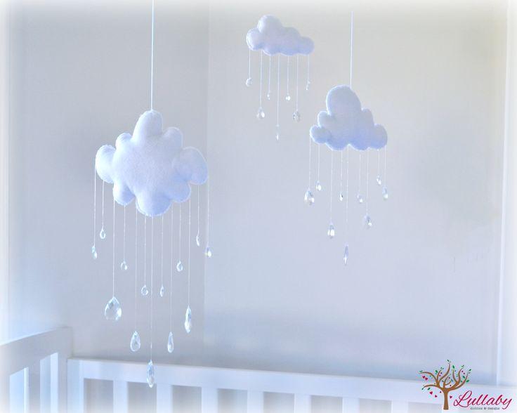 Cloud mobiles  nursery decor  White clouds  von LullabyMobiles, $195,50