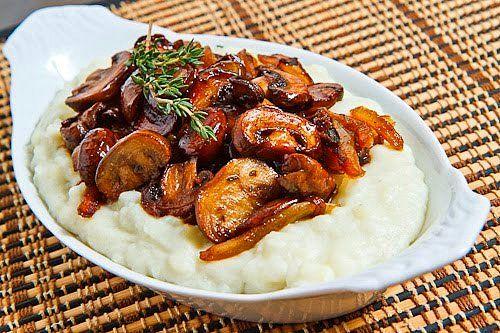 Mantar ve patates kırmızı etin en yakın arkadaşı.