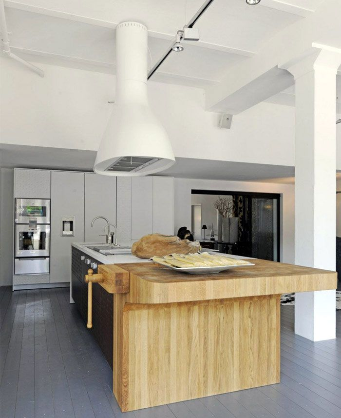 Functional and Modern Kitchen by Schiffini | Interior Design, Interior Decorating, Trends & News - Interiorzine.com