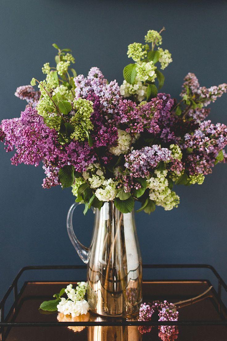 A Simple Statement Making Lilac Bouquet Diy Jojotastic Lilac Bouquet Flower Arrangements Diy Flower Arrangements
