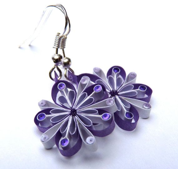 Etsy site with quilled earrings