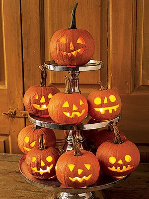 Tips for Pumpkin Carving: Keeping your pumpkin fresh - Country Living