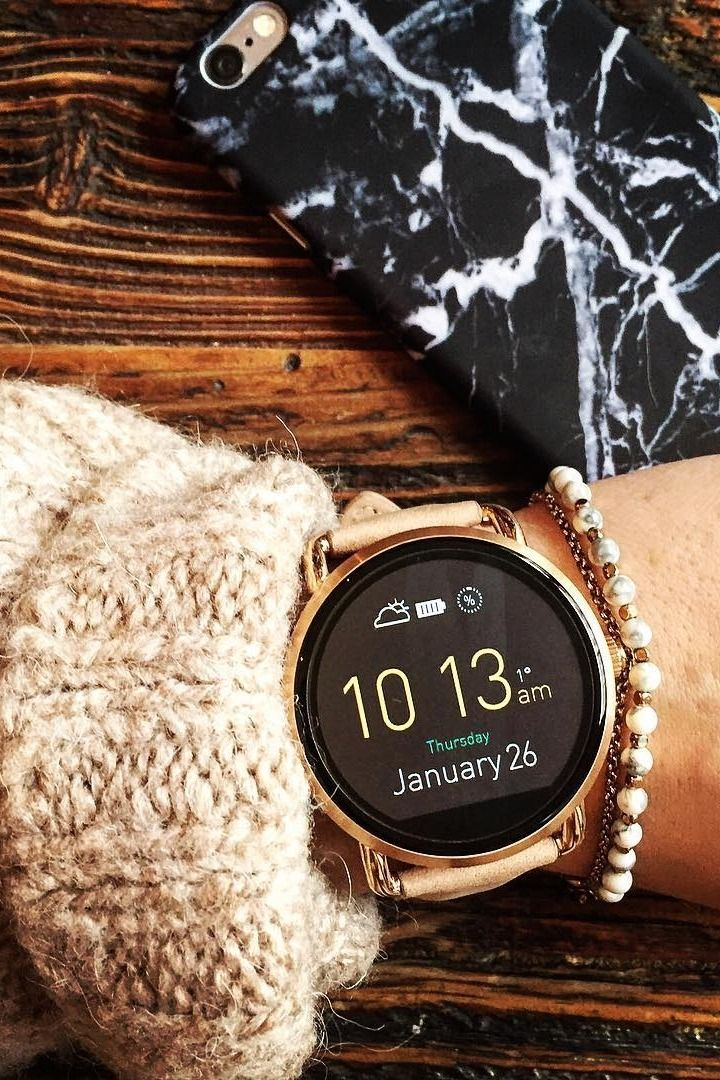 Our favorite accessory, the Q Wander rose gold display smartwatch. via @ lili_lausbub
